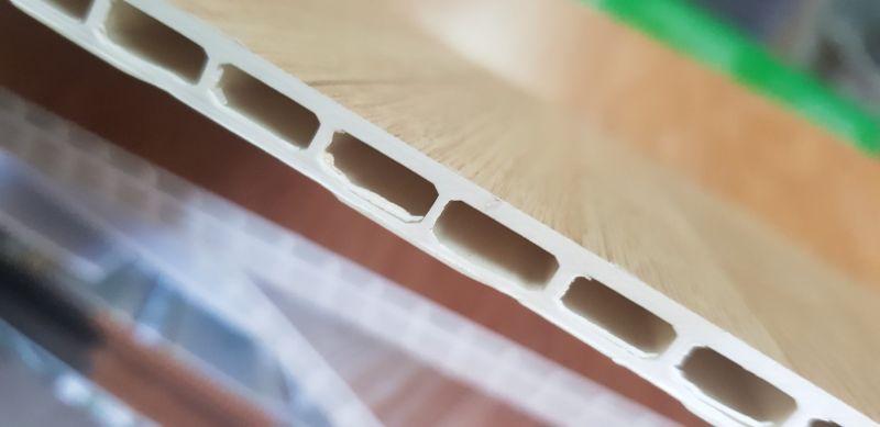 Nhựa ốp tường chống ẩm
