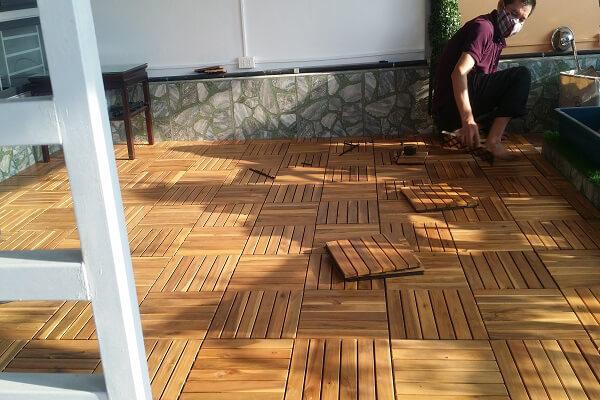 Giá sàn gỗ vỉ nhựa ngoài trời tại Hà Nội
